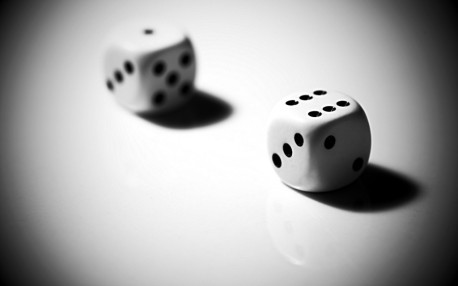 Free-Wallpaper-for-Desktop-Dice-1024x640