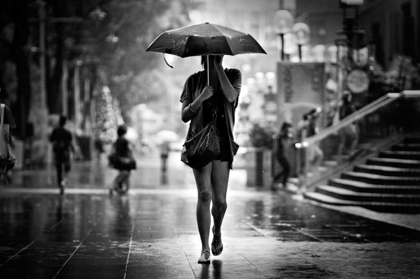 lady_with_umbrella_by_dannyst-d3c7sfh