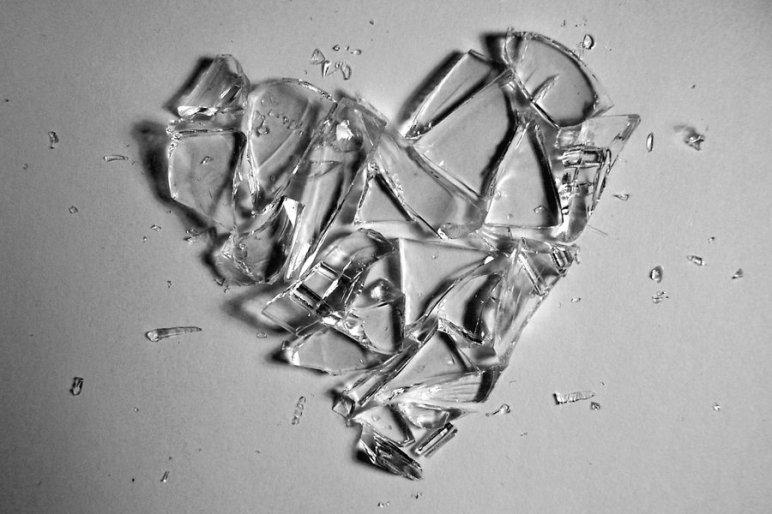 glass__lucent_heart_by_raingarden.jpg